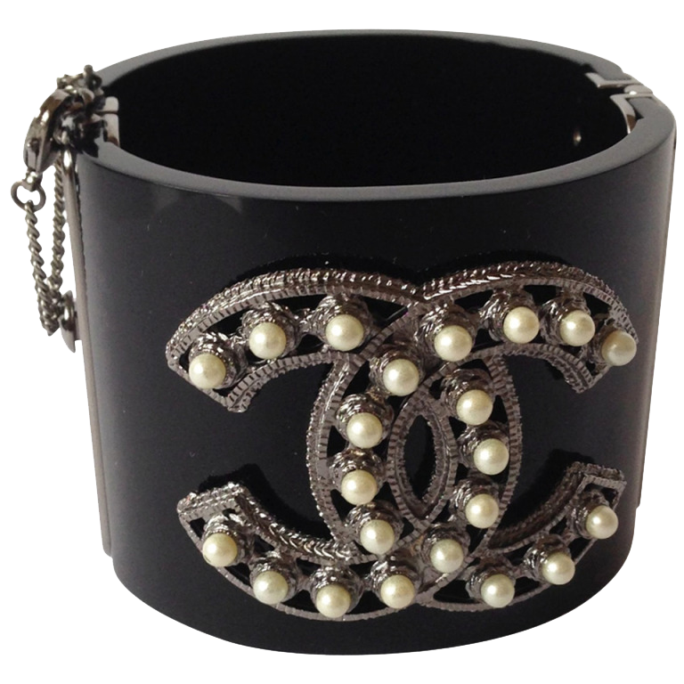 Chanel Manchette Perles Baroques